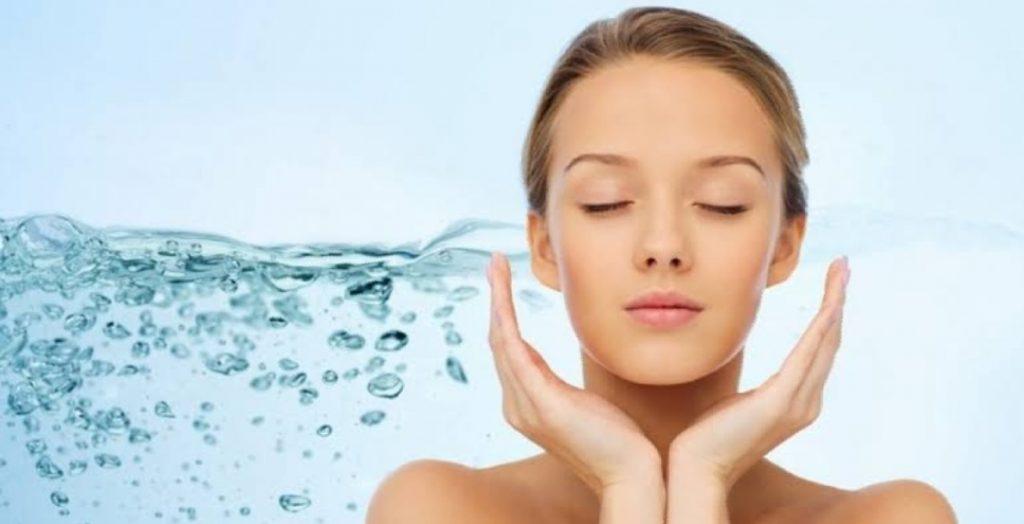 Manfaat Minum Air Putih bagi Kesehatan Kulit