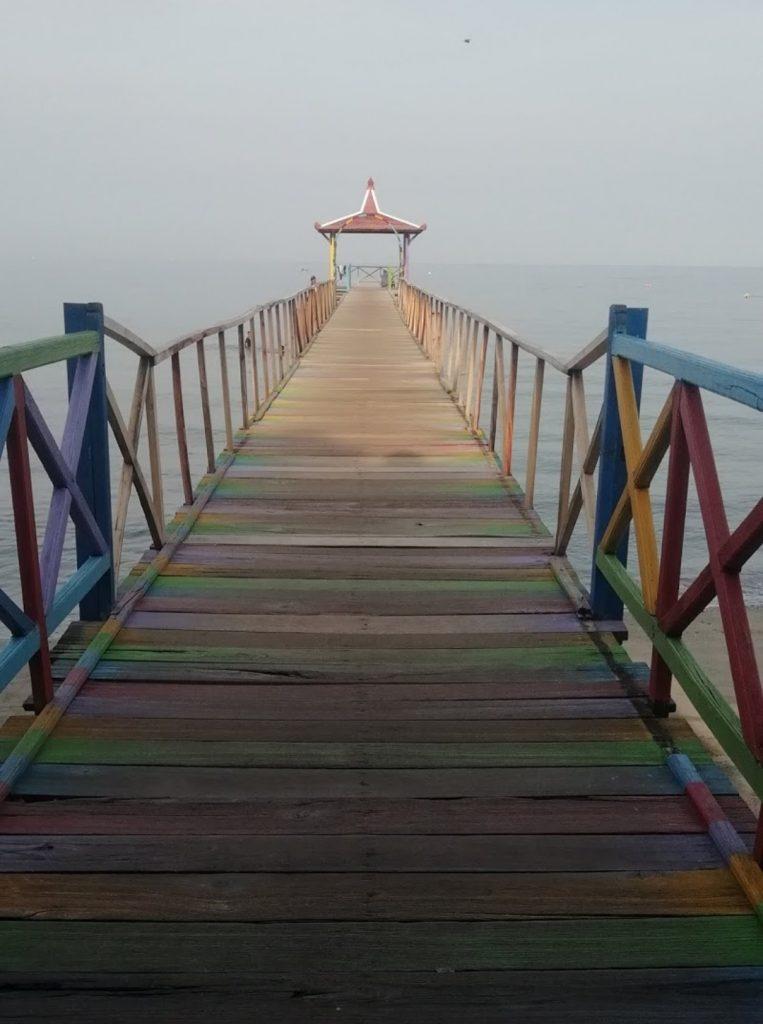 Traveling Bondo Nekat : Mancal ke Pasir Putih Situbondo